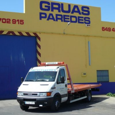 Grúas Paredes