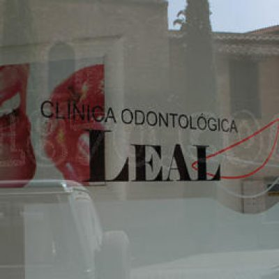 Clínica Odontológica Leal