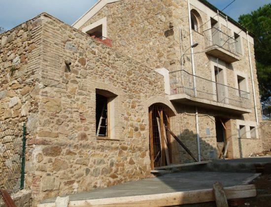 CONSTRUCCIONES GRATACOS PUJOL