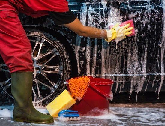 Neumáticos y lavado Valdebría